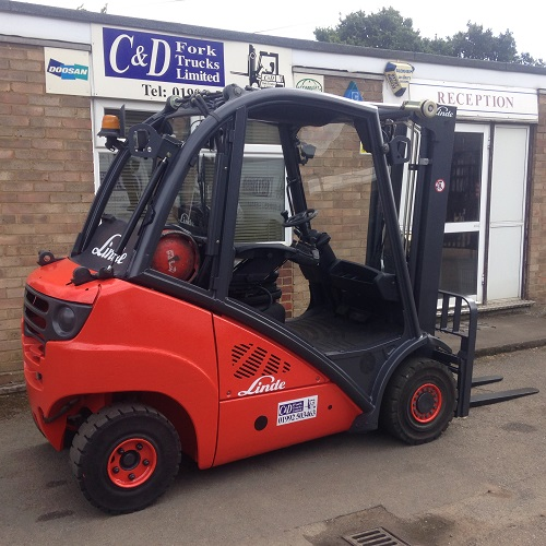 Used Gas Forklift Trucks